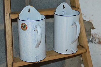 Vintage French enamel measuring jug with spout and wall hanging hook