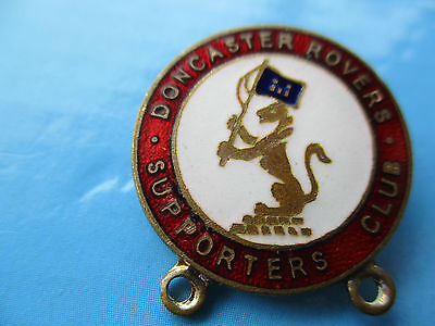 Vintage..doncaster Rovers Supporters Club..red & White Enamel Football Pin Badge