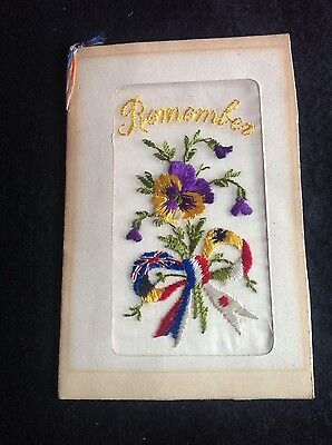 WW1 VINTAGE SILK POSTCARD beautiful bow of flags and flowers - Remember