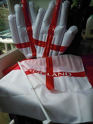 England Fan / Party Set 2 Cross of St George Flags 2 Poles 2 Inflatable Hands