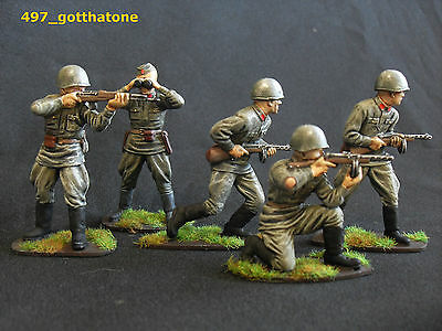 Airfix/matchbox/ 1/32 professionally painted Russian infantry ww2. 54mm