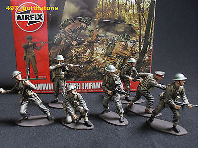 Airfix 1/32 painted British Infantry x 14 boxed WW2. professionally painted.