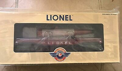 Lionel Celebration Series  Flat Car With Rocket 6-39441 New in Box