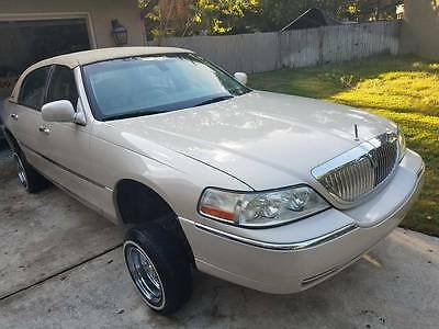 2003 Lincoln Town Car  2003 Lincoln Town Car Lowrider hydralics wire wheels
