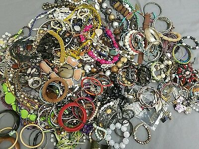 Lot of 207 Costume Jewelry Necklaces, Bracelets, Earrings, Pins & Watch