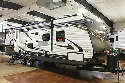 New 2016 28FQDB Bunkhouse Travel Trailer with Bunks & Outdoor Kitchen Never Used