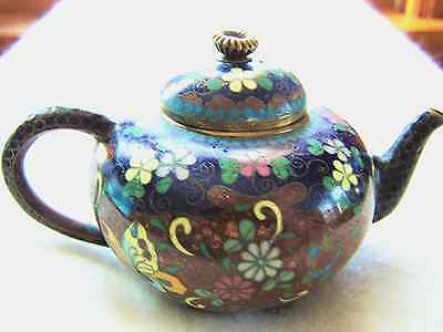 Antique Japanese Meiji Period (1868-1912) Miniature Cloisonne Teapot w Goldstone