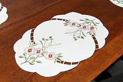 Home-X Embroidered Floral Placemats. Set of 4 Place Mats.