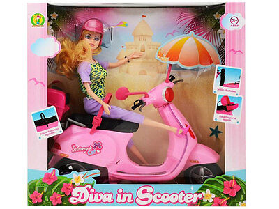 bambola diva in scooter