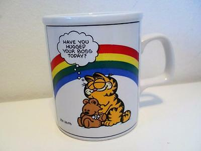 Vintage Jim Davis Garfield Cat Rainbow Hugged Your Boss Today? Novelty Mug 1970s