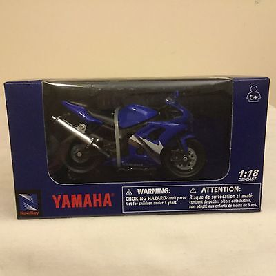 Diecast motorcycle 1:18 scale Yamaha road bike