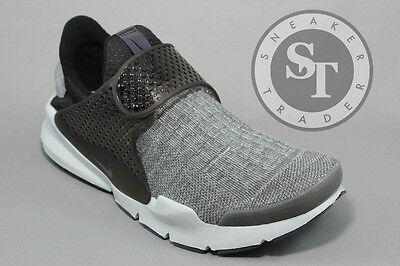 more photos add9c c5541 Nike Sock Dart Se Premium 859553-002 Dark Grey Black Pure Platinum Size  10