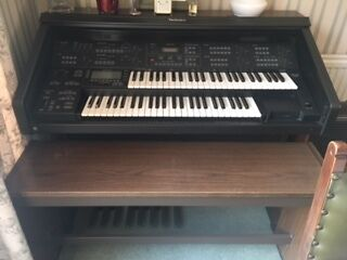 Technics GX3 electric organ and stool