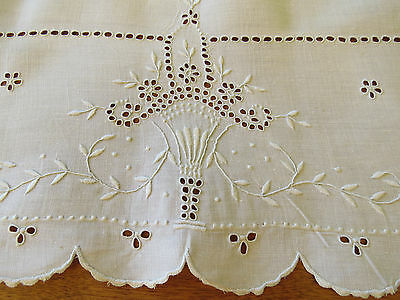 Antique Bridal Basket Linen Embroidered Tablecloth Runner Scalloped Edge 33x18.5