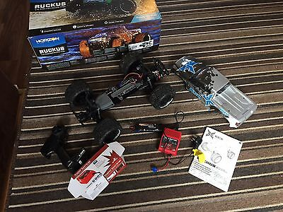 LARGE MONSTER TRUCK 1/10th RADIO REMOTE CONTROL RC CAR