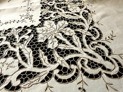 FINE Antique Madeira Hand Embroidered CUTWORK Linen 68x82 Tablecloth 12 Napkins
