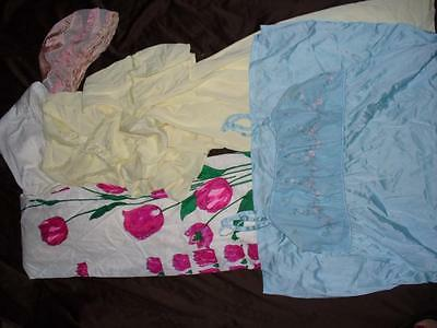 Vintage Lingerie CRAFTING Lot 34 Pieces Slips Gowns Panties Robes Nylon