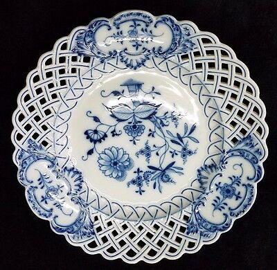 Antique Meissen Blue Onion Reticulated Cabinet Plate