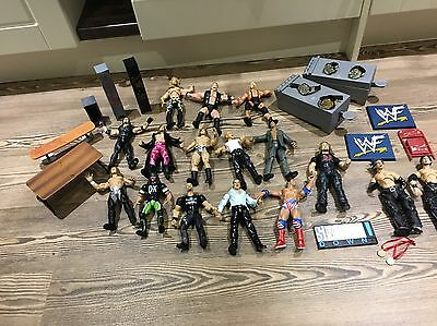 WWF WWE Wrestler Figure Bundle,Austin,Big Show,Accessories + Belts RARE