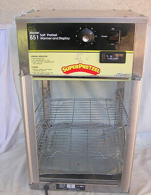 Super Pretzel Soft Pretzel Warmer & Display Model 851 Working Condition