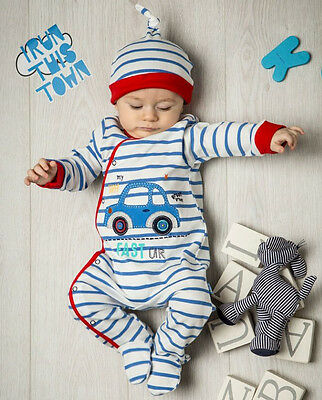 Baby Boys 2 Piece Babygrow Sleepsuit & Hat Set - Fast Car Design (0-12 Months)