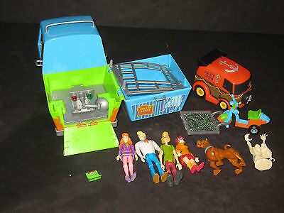 Scooby Doo Mystery Van & Figures Toy Lot