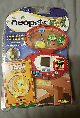 pocket neopets portable neopets player tonu in tyrannia tiger electronics