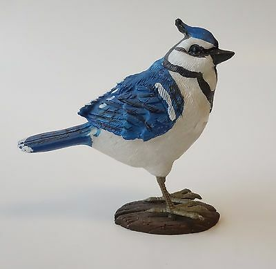 VINTAGE BLUE JAY POLY RESIN BIRD FIGURINE Bluejay