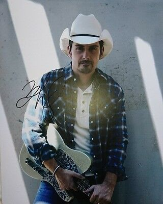 Brad Paisley Country Music star signed 10x8 photo  PROOF AFTAL