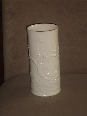 "Rare Vintage Lenox 9 1/2"" Ivory Color Vase With Raised Asian Motif Old Blue Mark"