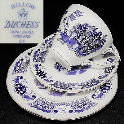 Duchess 1980s Willow Blue Gold Vintage English Bone China Trio Set NEAR NEW COND