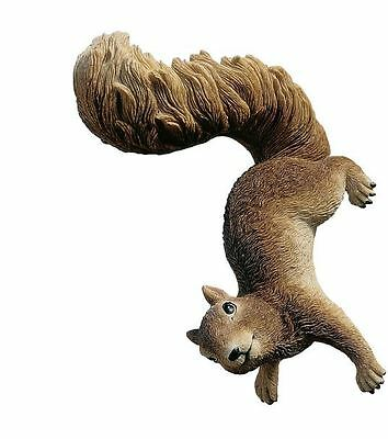 Outdoor Lawn Patio Home Welcome Garden Yard Statue Sculpture Art Decor Squirrel