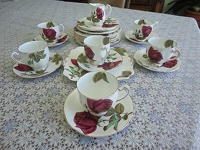 25 Pieces Royal Standard English Rose Bone China Dinner Set Hand Painted. No Tax