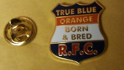 (295) true blue orange born and bred RFC lapel badge loyalist ulster scots
