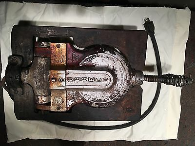 Vintage F. S. Carbon Company Rugged I Cast Iron 900W Commercial Waffle Maker