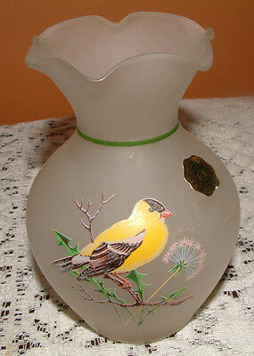 Vintage Westmoreland Bud Vase Showing A Beautiful Yellow Finch