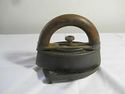 Antique Vintage Howell Co. Clothes Iron With Wood Handle And Cast Iron Trivet