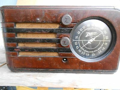 "Antique, ZENITH TUBE RADIO, ""Long Distance"", Wooden Box ,N270016. USA"