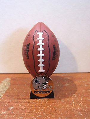 Hallmark Keepsake Ornament Dallas Cowboys NFL Collection 2000 Football (H14)
