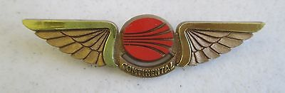 Continental Airlines Plastic Junior Pilot Kiddie Wings Gold Colored Badge Pin