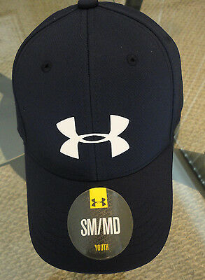 NWT Under Armour Boys' Headline Stretch Fit Hat. Navy. Size: SM/MD Youth