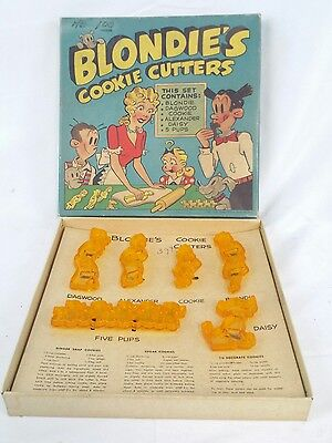 Scarce 1948 Blondie's Cookie Cutters Complete Set In The Box Rare Yellow Color