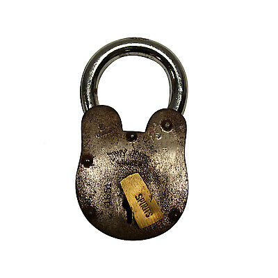 Davy Jones Locker PADLOCK Antique Old Style Treasure Chest Iron w Skeleton Key