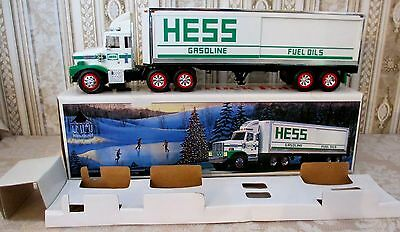 HESS 18 Wheeler Truck Bank 1987 w/3 Mini Oil Barrels & Inserts