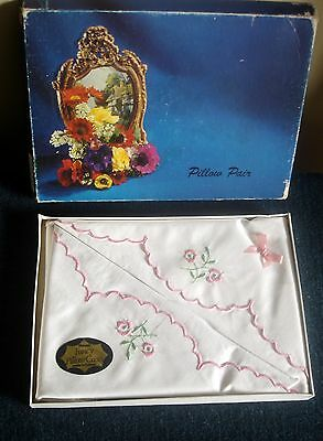Vintage Pair Irish Floral Embroidered Cotton Fancy Pillow Cases Boxed Set Unused