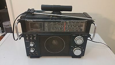 Venturer Model 2959- 2  AM/ FM/ CB/ SW Multiband Radio For Parts