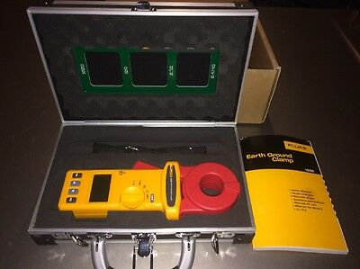 Fluke 1630 Earth Ground Clamp resistance tester. Excellent Condition.