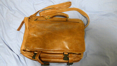 Lwr $ Vintage Tan Columbia Leather Messenger Bag Briefcase Lined Zips Strap