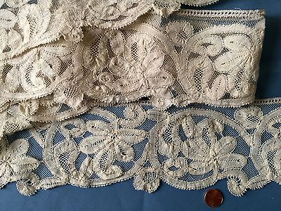 UNUSUAL Vintage Milanese bobbin lace on machine net Collect Costume  Decor