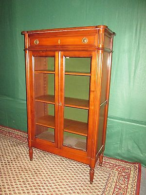 1900's Beautiful Walnut Louis XV style China Cabinet/ Bookcase small drawer.